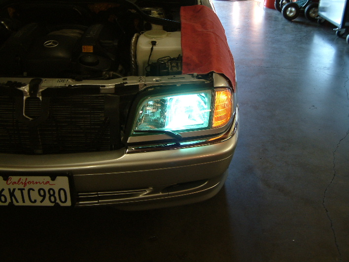 Mercedes H7/HID kit installed.
